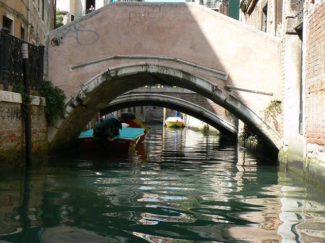 Low bridges, Venice