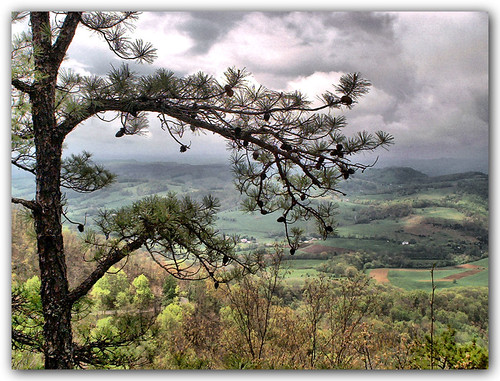trees mountain tower clouds landscape virginia explore mendota washingtoncounty clinchmountain artistictreasurechest