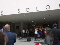 火, 2011-06-14 17:18 - Museum Mile Festival /Guggenheim Museum 前の演奏