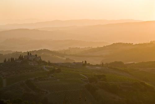 Tuscany Sunrise by kayugee
