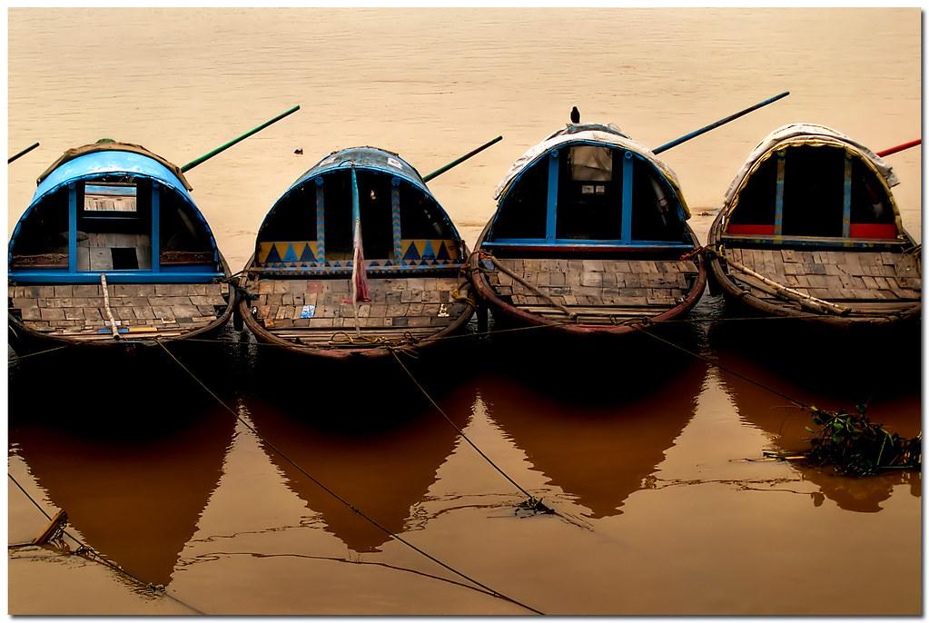 symmetry by Soumya Bandyopadhyay