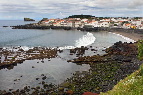Black sands - Azores | by Roy McGrail (krm gib)