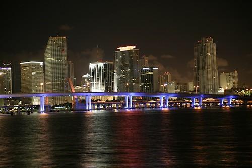 Downtown Miami   by igotphotos