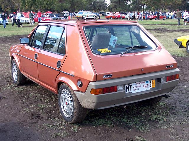 Fiat Strada.jpg