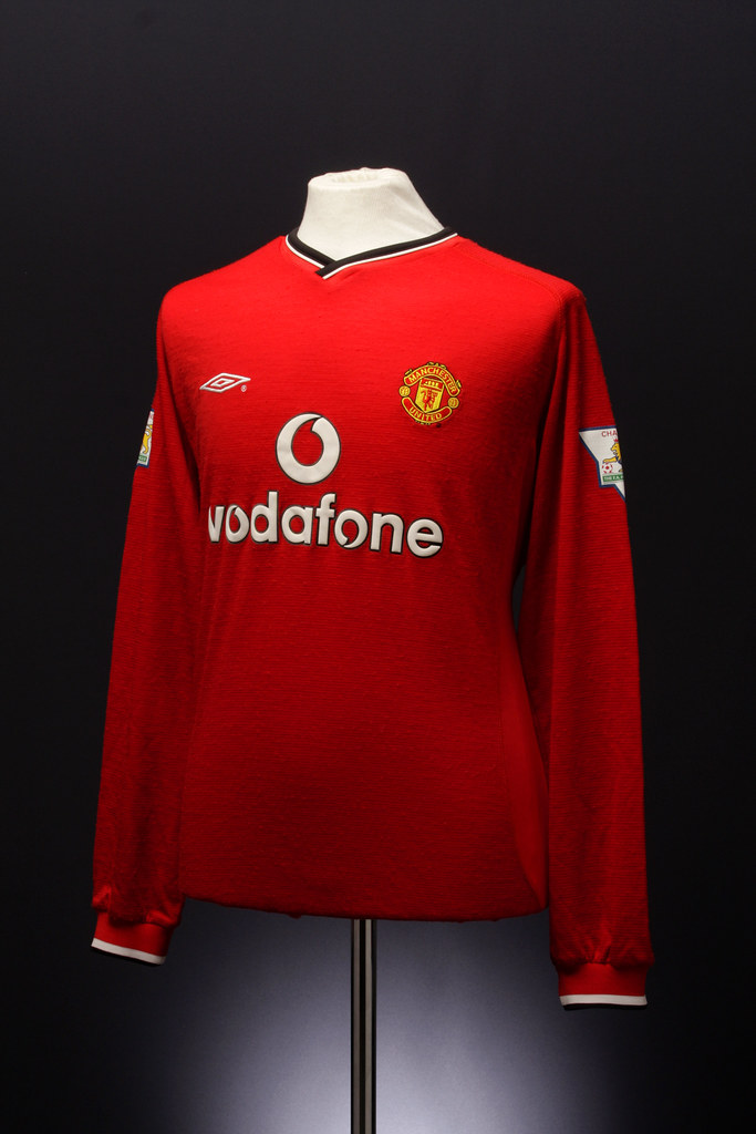 finest selection 71693 a6b4b Manchester United Football Shirt (home, 2000-2002) | Flickr