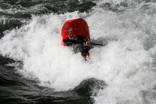 water river fun friend whitewater kayaking nantahala whitewaterkayaking jacksonkayaks