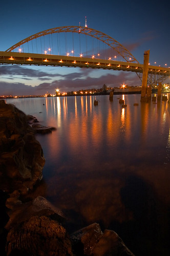 city longexposure bridge sunset oregon river portland lights rocks fremont willamette canon1022mm purposefultilt