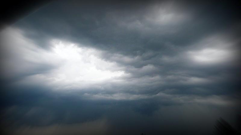 Storm brewing over Feldbrunnen