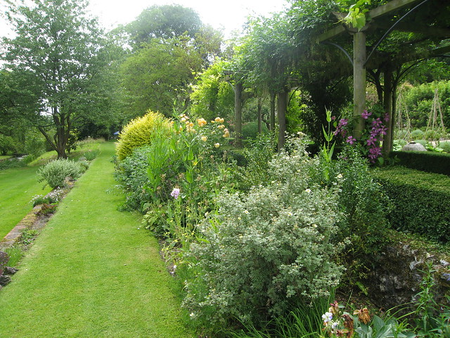 VII.  Heale Garden: 1.d  Arbor Walk