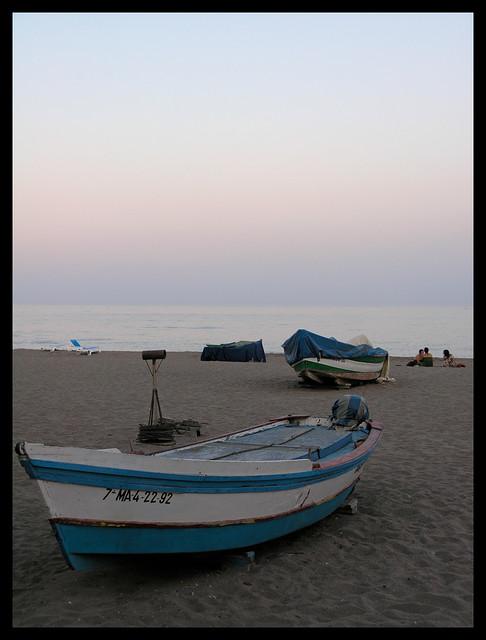 Torremolinos - Playa de la Carihuela - boats in the sunset
