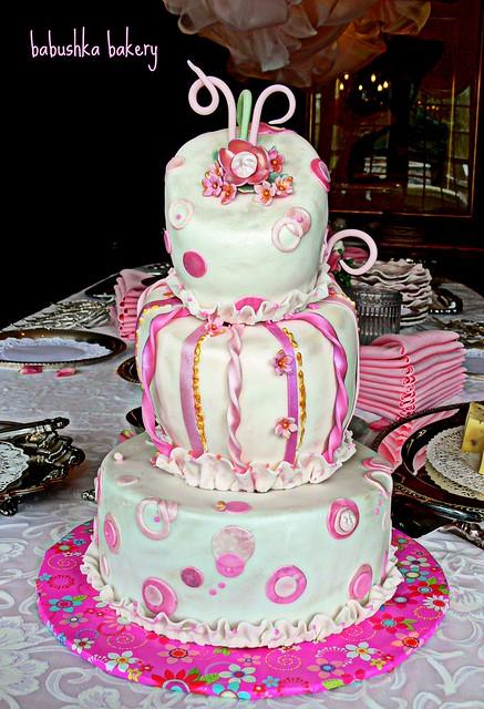 French Sweet Pea Cake