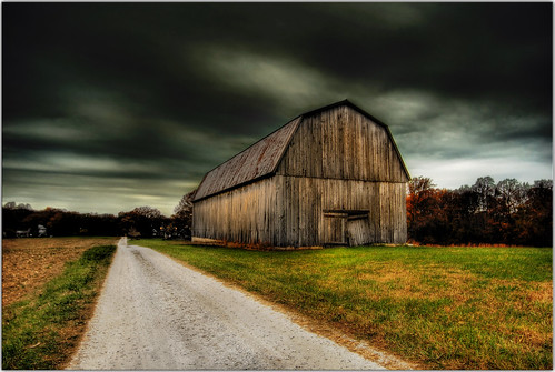 road rain clouds barn rural moody quiet path farm maryland tranquil hdr