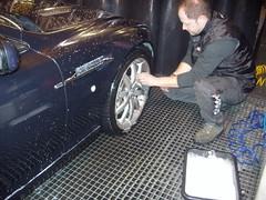 Limpieza Llantas. Aston Martin DB9
