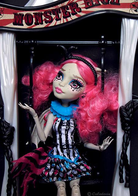 Rochelle Goyle Circus Scaregrounds, Freak Du Chic