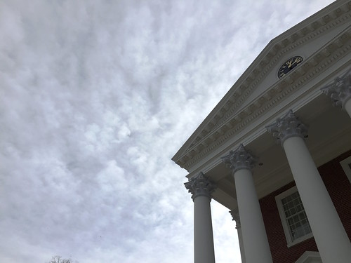 sky cloudy rotunda