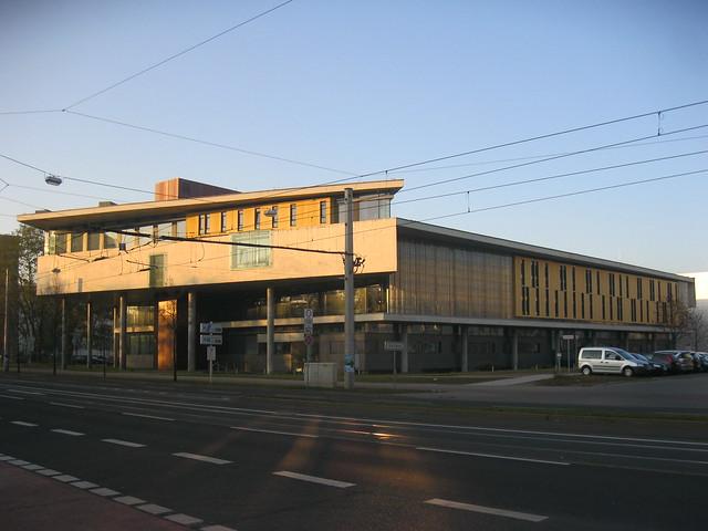 2002/03 Magdeburg Uni-Bibliothek von Auer/Weber Haus 30 Uni-Campus Walther-Rathenau-Straße in 39106 Alte Neustadt