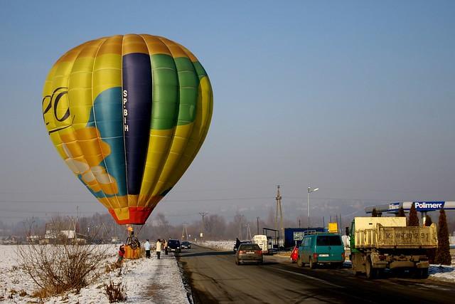 Balon / Hot-air Baloon