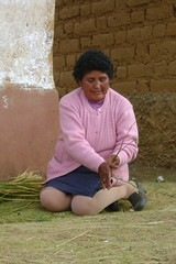 Weaving rope at the Huanuco Pampa cultural competitions