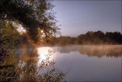 moon mist lake hdr loafers sunise vosplusbellesphotos
