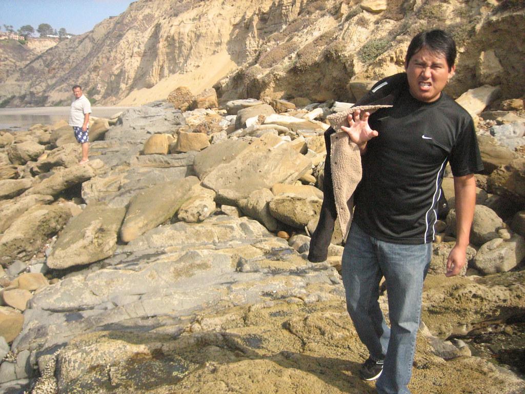 blacks beach with eduardo - como un lobo, voy detras de ti, paso paso - tu huella he de seguir