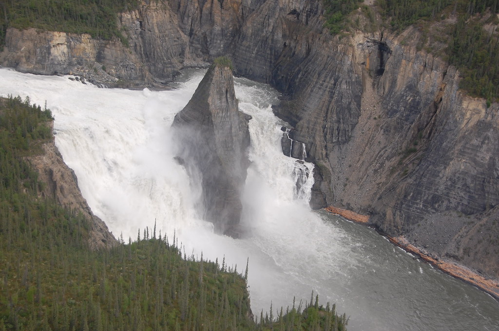 livraison gratuite e9f22 cb862 Virginia Falls, NWT | Virginia Falls in Nahanni National Par ...