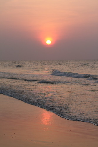 reflection sc sunrise geotagged myrtlebeach surf wave damniwishidtakenthat geo:lat=33659192 geo:lon=78916189