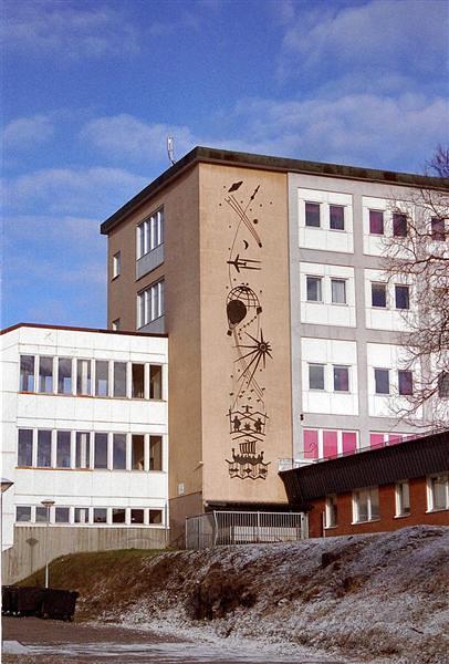 Buildings (68)