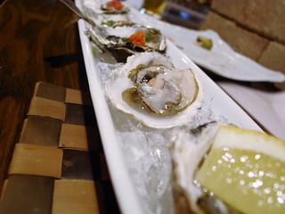 生牡蠣の三色盛   by meblogoo