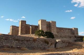 Castillo de Trujillo   by zkvrev