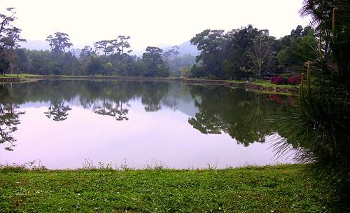 VIETNAM , Park bei der Minh-Mang - Grabanlage
