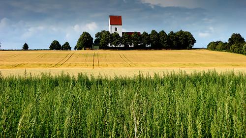 church field landscape panasonic explore gs kyrka tz5 lillaharrie