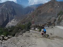 riding into Huallanca