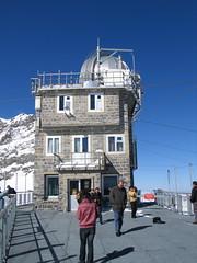 Vyhlídková terasa observatoře v sedle Jungfraujoch je svělou vyhlídkou. My míříme na ještě lepší rozhledny.