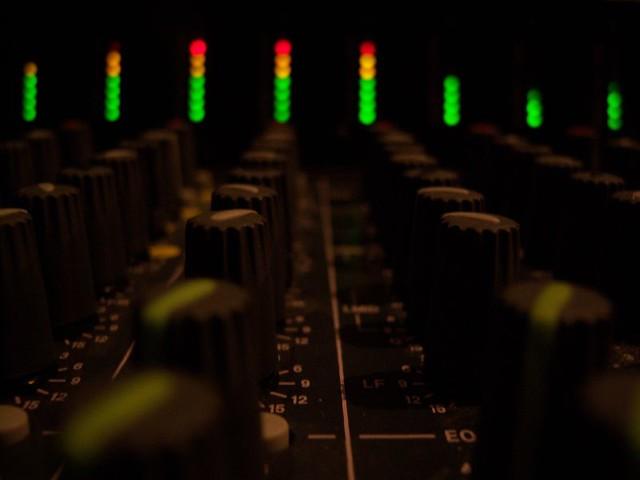 Green, Yellow, Red lights on Soundboard | Soundboard lights