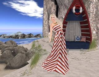 Sway's Row Boat Bench | by Hidden Gems in Second Life (Interior Designer)