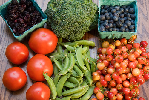Farmers Market Haul - Reds, Greens, and Blues! | by Wally Hartshorn