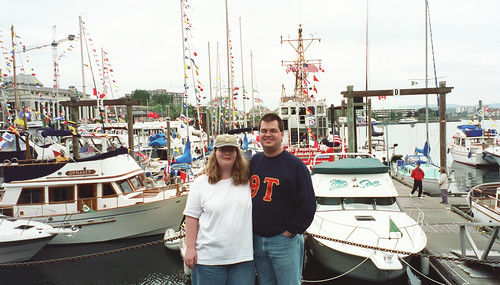 Jeff and Amy in Victoria's Inner Harbour.  I think Amy was goggling at all the boats.  That's what she gets for growing up in a landlocked state.