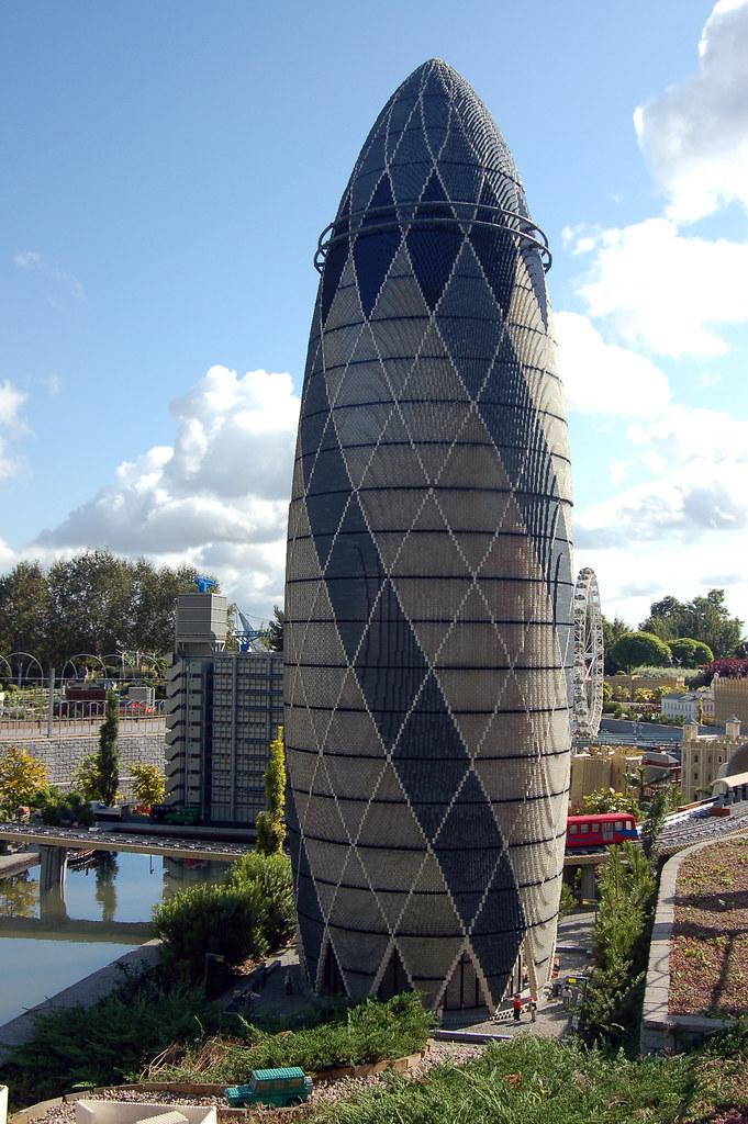 Legoland Windsor - Swiss Re Building