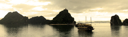 Ha Long Bay, Vietnam | by rapidacid