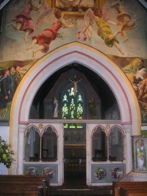 Bloomsbury group mural Berwick church No room for Jesus in this shot. The top Jesus, that is. But note the 'floating' effigies above the screen. www.berwickchurch.org.uk/page7.html www.berwickchurch.org.uk/page7.html Lewes to Berwick via West Firle