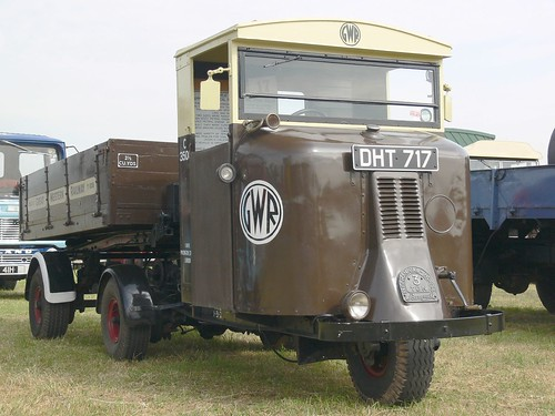 Scammell Mechanical Horse MH3 and Tipping Trailer (1937) | by Clive1945