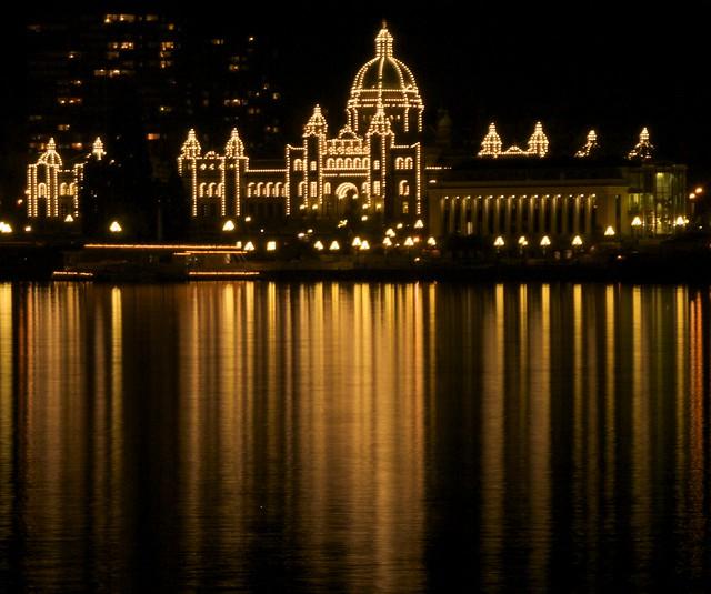 Victoria, Legislature by Night