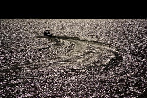 sunset lake water silhouette sanantonio outdoors boat wake texas glare bigmomma medinalake challengeyouwinner k10d coreyleopold
