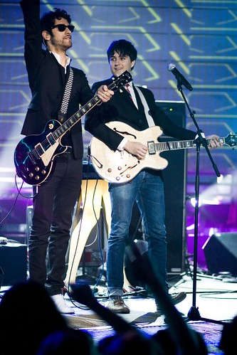 mtvu woodie awards: vampire weekend performs with chromeo | by Dese'Rae L. Stage