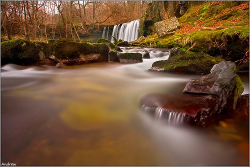 longexposure winter cold water leaves woodland geotagged nationalpark moss woods rocks breconbeacons explore waterfalls icy meet slippery picks wfc powys pontneddfechan circularpolariser canonefs1022mmf3545usm rhaeadr earlybird ystradfellte bannau brycheiniog neutraldensity explored clungwyn welshflickrcymru waterfallswalk canoneos40d neathandporttalbot andrewwilliamdavies afonneddfechan phlow:emote=phlows bwnd106 brecheiniog pontmelinfach sgwdddwliuchaf geo:lat=51807978 geo:lon=3581285 gettyartistpicksoctober09
