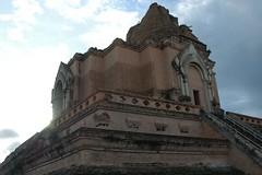 Wat_Chedi_Luang_2,_Chiang_Mai