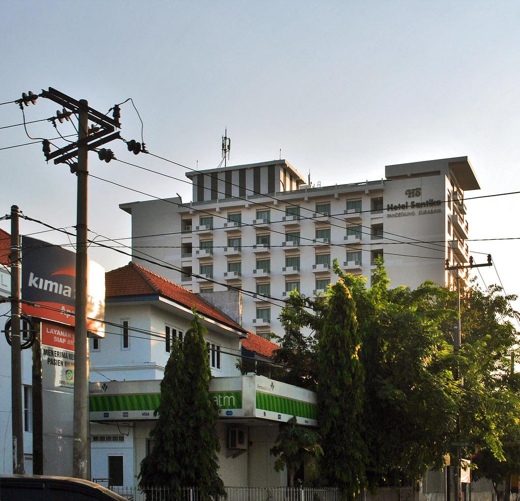 Hotel Santika Gubeng