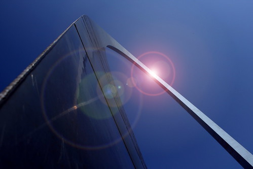 blue autumn sky metal memorial shiny arch fb stlouis gimp missouri gatewayarch gateway mississippiriver jefferson 2008 futuristic supershot anawesomeshot cmwdblue craigsorenson