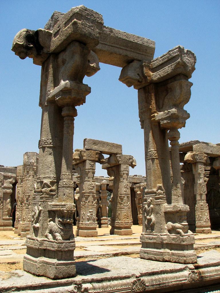 Pillar behind by ~manasa~