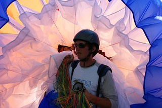 Lors du Vertigo Swiss Riviera - Championnat de parapente - Juin 2008 | by Lomyx